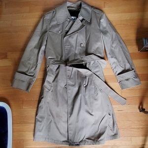Vintage Men's Trenchcoat